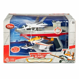 Disney PLANES Exclusive Playset Aircraft Launcher [Lights & Sounds!]