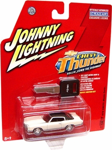 Johnny Lightning 1:64 Scale Chevy Thunder #14 1970 Chevy Monte Carlo 454