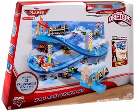 Disney PLANES Micro Drifters Exclusive Playset Wall Race Track