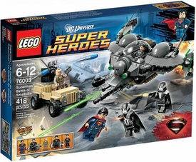 LEGO DC Universe Super Heroes Set #76003 Superman: Battle of Smallville