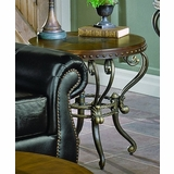 End Table in Cherry - 5553-04
