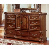 Dresser - Door Dresser - Wynwood Furniture - 1635-62