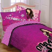 "VICTORIOUS  Girls Bedding- ""Born for This""  Twin Comforter and Sheet Set Combo"