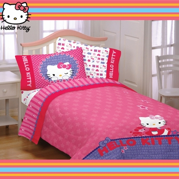 Hello Kitty- Kitty & Me Twin/Full Comforter