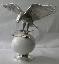 STIPULA  IMPERIAL EAGLE Desk Pen Display - Gold finish