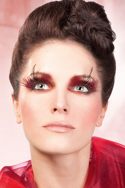 Red Feather Fake Lashes