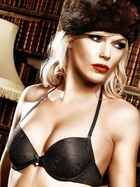 Black Four-Way Lace Convertible Bra With Underwire