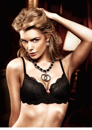 Black Lace Maximum Cleavage Bra With Underwire