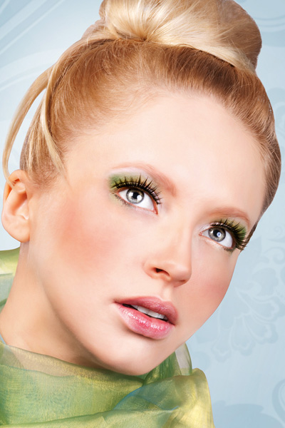 Rich and Full Textured False Lashes