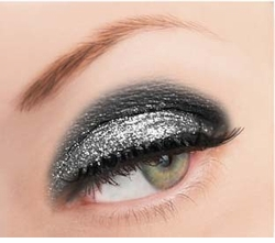 Luxe Silver Loose Glitter for Eyeliner and Eye Makeup