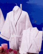 Turkish  Cotton / Poly Blend  Robe with  Pink Piping  Waffle Pattern