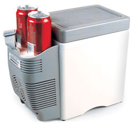 12 Volt 7 Liter Cooler/Warmer with Cup Holders