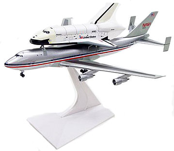 Space Shuttle Enterprise with Boeing 747 Diecast Model ...