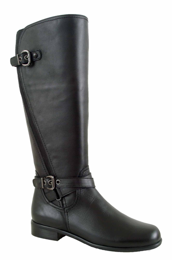 Ros Hommerson Women's Brooke Extra Wide Calf Boot (Black)