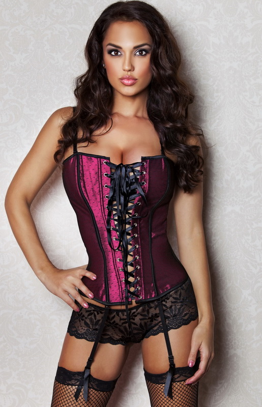 Shop Online for High Quality Steel Boned Corsets, Waist Training Cinchers at United Corsets. 30 Days Hassle Free Return & Exchange Policy.
