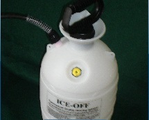 Aircraft Deicing S32PS White 2-Gallon Handheld Aircraft De-Ice Fluid Sprayer