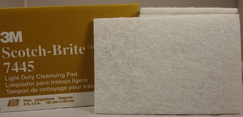 3M 048011-16976 Scotch-Brite 7445 White Light Duty Cleansing Pad - 20 Pads/Box