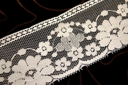 "3 1/2"" White Floral Lace Trim #1096"