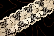 "2 1/2"" Light Beige Vintage Galloon Floral Lace Trim #1108"