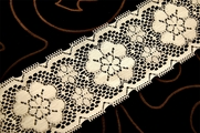 "3"" Off White Vintage Floral Lace Trim #1140"