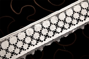 "2 1/4"" White Vintage Lace Trim #1221"
