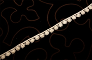 "1/2"" Off White Vintage Venice Lace Trim #1292"