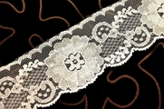 "2 1/2"" Off White Floral Lace Trim #218"