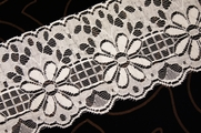 "4"" Off-White Floral Lace Trim #lace-128"