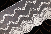 "6"" Off-White Floral Lace Trim #lace-174"