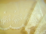"5 1/2"" Off White Scalloped Embroidery Lace on Net LT-397"