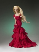 "16"" RHAPSODY IN RED HOLIDAY ASHLEIGH - sold out"