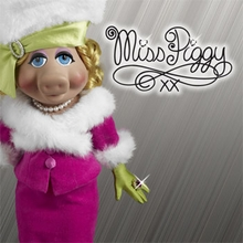 MISS PIGGY COLLECTION - click here
