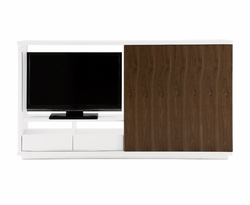Tundra Entertainment Unit
