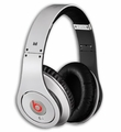 BTOVSTUDIOWHT Beats by Dr. Dre Studio Over-Ear Headphones with Monster iSoniTalk - White