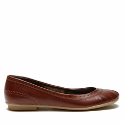 Novacas Molly Flat in Brown