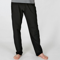 Organic Beckons Yoga Strength Pant in Black