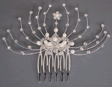 FEATHER LIKE PEARLS HAIRCOMB<br>LIMITED SUPPLY