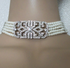 REIGNING QUEEN IVORY FAUX PEARL CHOKER<BR>EARRINGS NOT INCLUDED