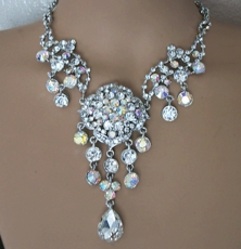 MAGGIES BLING RHINESTONE JEWELRY NECKLACE SET