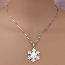 DAINTY SNOWFLAKE<BR>RHINESTONE NECKLACE PENDANT