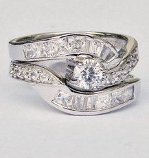 ENCIRCLE CZ RING<br>size 6, size 7