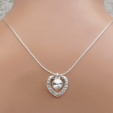 CAPTURE CLEAR NECKLACE AND <BR>EARRINGS SET