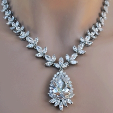 URBAN DELIGHT CZ CUBIC ZIRCONIA JEWELRY NECKLACE SET<BR>ONE REMAINING