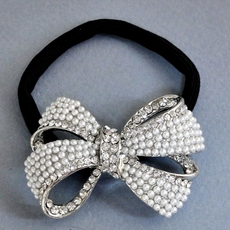 BOW-D-LICIOUS PEARL PONYTAIL HOLDER