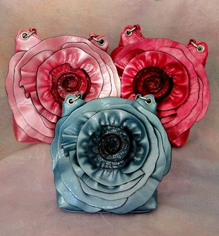 GOING IN CIRCLES PURSE<br>ONE AQUA REMAINING