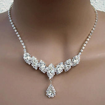 CATHERINE'S CHARMS CLEAR ON SILVER RHINESTONE JEWELRY SET