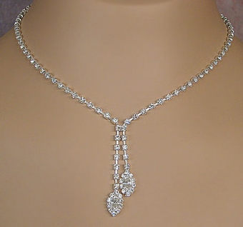 BEAUTIFUL FRESCO CLEAR CRYSTAL JEWELRY SET - ONE REMAINING SET