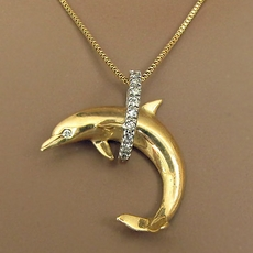 VINTAGE GOLD DOLPHIN PENDANT