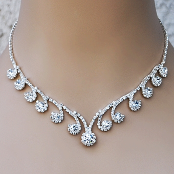 BOOHOO BLING CLEAR  RHINESTONE FASHION JEWELRY SET