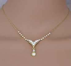 BELLA GOLD NECKLACE AND EARRINGS SET